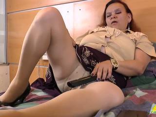 Latinchili babcia gloria masturbacja łaciński cipa: porno f8