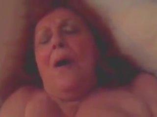 jaunas, blowjobs, močiutė