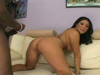 Hot Pornstar Cassandra Cruz Widens Leaking Gash Getting Rammed With Darksome Dick