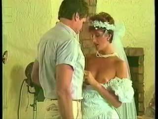 Sharon mitchell casamento vestido