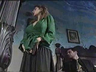 Сексуальна ціпонька в класичний порно кіно 1