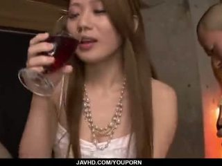 Kazumi nanase feels vários men a foder dela cherry