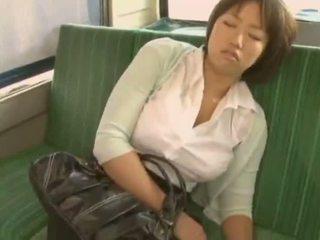 Sleepy 女の子 used バイ pervert