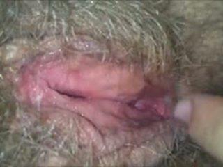 Licking viņai matainas, mitra, vecmāmiņa vāvere