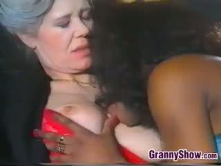 Lésbica vovó loves doce negra cona