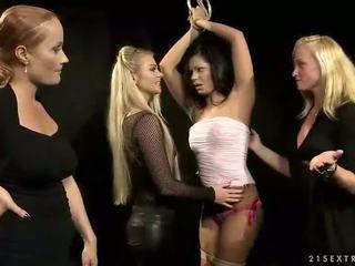 Karstās slavegirl getting pārmācītas