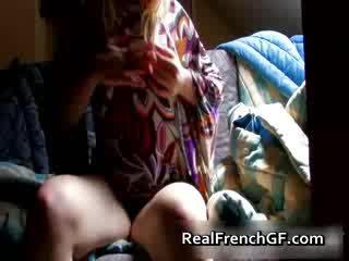 Bigtit 프랑스의 여자 친구 fingers 과 tastes 그녀의