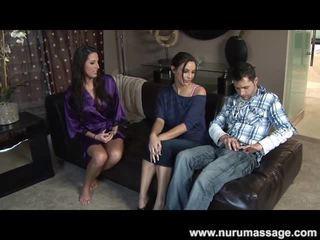 výstřik, velká prsa, erotické masáže