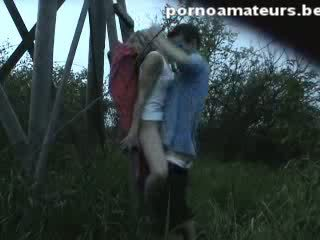 Nice home movie with Hot stimuLating couple fucking outdoor