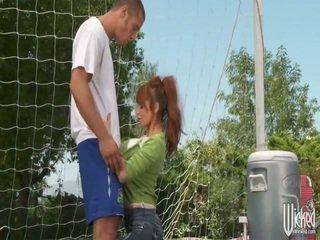 Voetbal moeders scène 1