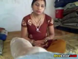 Indien ménagère gets baisée