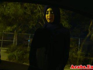 Arab hijabi knullet i forbudt stram fitte: gratis porno 74
