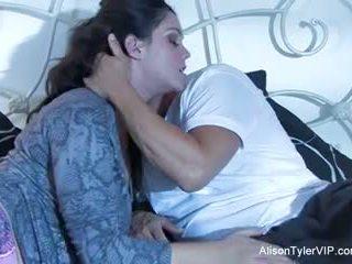 Alison tyler és neki male gigolo