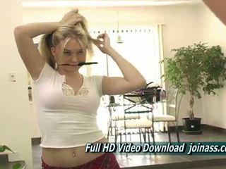 kindje, masturbatie u, een blond