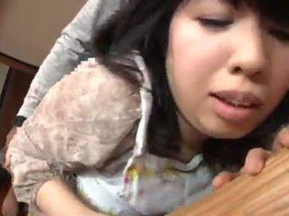 Subtitled japans risky seks met voluptuous moeder in wet <span class=duration>- 3 min</span>