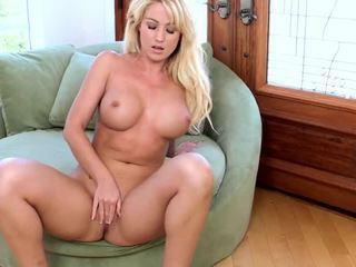 big boobs, shaved pussy, izdrāzt seksīgu slampa