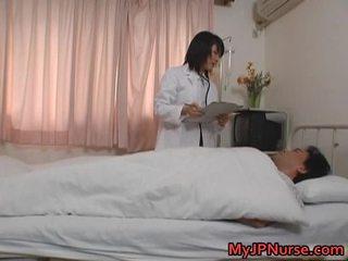 Orientaalne arst patsient porno vid