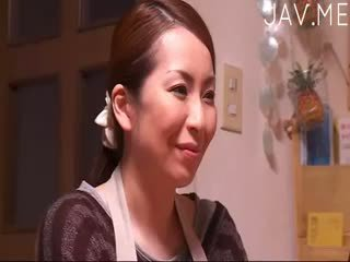 bruneta, japonec, mačiatko