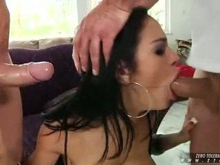 Angelina valentine veikt 2 ramrod uz viņai mute