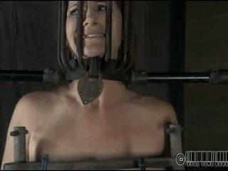 Rod setrap for beautys cunt