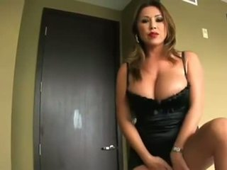 Eje seduces her step-son