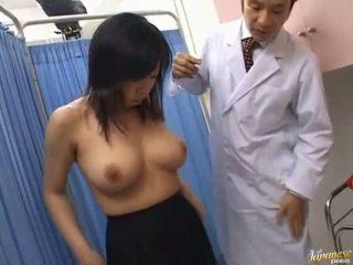 एशियन स्लट sucks rod