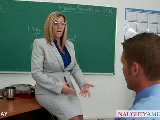 Mdtq mësues sara jay qij student