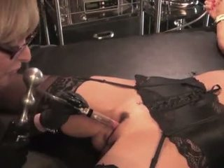 Nina hartley toying и dominating тя милф slut-25734 mp4574