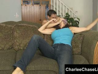 Charlee chase злягання tickled і фут трахкав!