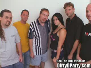Krūtainas skaistule brunete bukkake banda bang ballīte