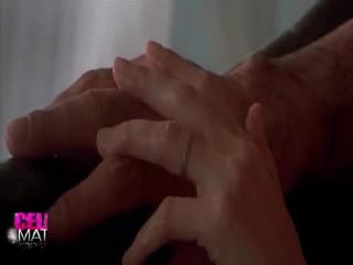 Erótico rendimiento alrededor angelina jolie