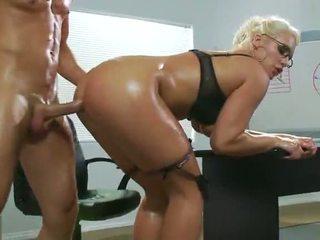 사무실 섹스, 섹시한, 첫 번째 항문