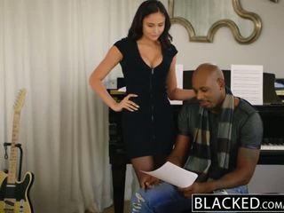 Blacked knal ster ariana marie eerste interraciaal