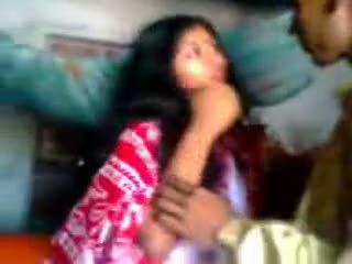 Індійська newly одружена guy trying zabardasti для дружина дуже сором'язлива