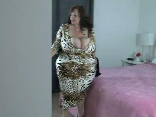 Peeping: 큰 자연의 가슴 & 큰 아름다운 여자 포르노를 비디오 0e