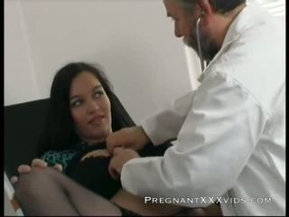 gravid, mamma, lege