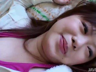 ไม่โกน เอเชีย ผู้หญิงสวย creampied