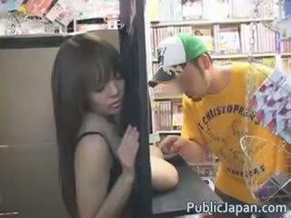 Hitomi Tanaka Hot Asian Babe Shows Off Part1