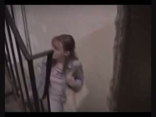 Tenåring jente tvang til faen til betale tilbake lost penger