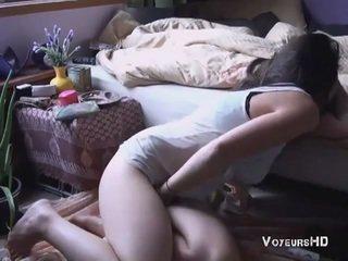 Sister pillada masturbándose