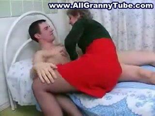 Besta og grandson knulling