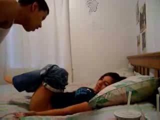 Sister recording haar broer trying naar maken hem sperma