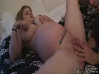 Zwanger cassie neuken bij 9th