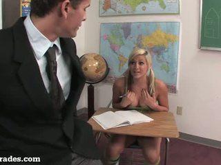 حلو تلميذة hooks فوق مع لها معلم!