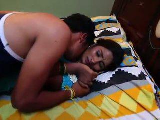 India koduperenaine romantika koos newly abielus bachelor - midnight masala filmid -