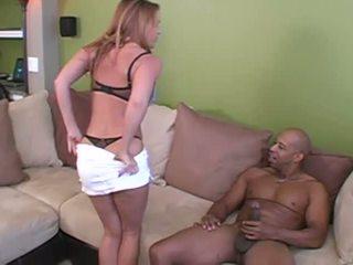 Sieva starprašu kukolds ar viņai two milzīgs lovers
