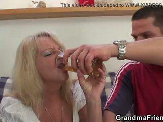 Partying guys spik blondin grandmother