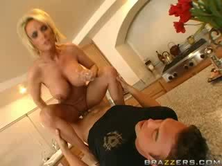 tits, cougar, housewives