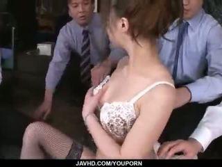 Aiko hirose gets হার্ডকোর দ্বারা সব তার অফিস colleagues