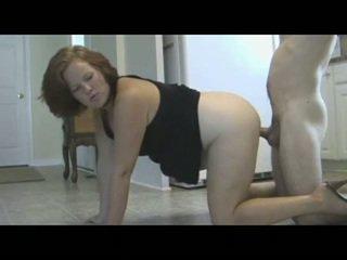 Mãe punishes filho com piss & ejaculação interna